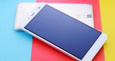 Pepsi смартфон: металлический корпус и сканер отпечатков пальцев