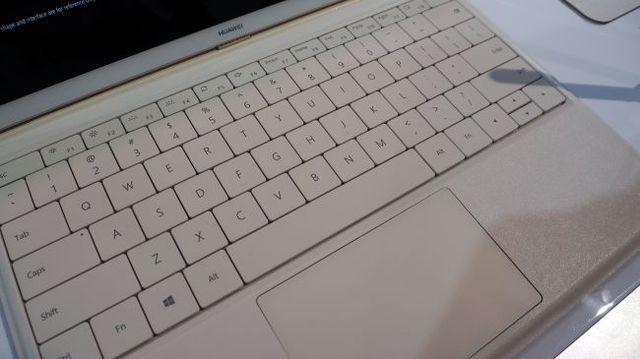 Обзор Huawei MateBook: 2-в-1 планшет на Windows 10