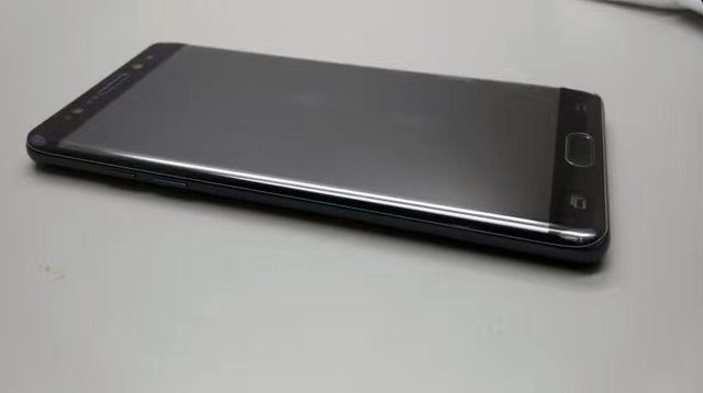 Samsung Galaxy Note 7: три новых фотографии смартфона