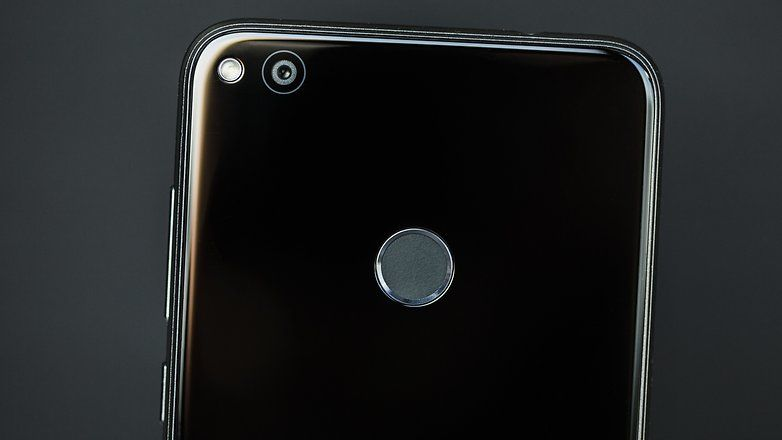 Обзор Huawei P8 Lite 2017 Dual SIM Black: достойный смартфон среднего класса