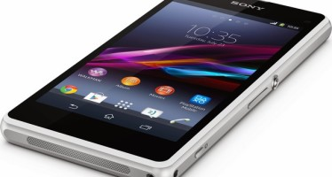 Sony Xperia G — «средний» смартфон