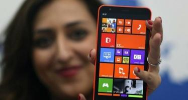 Американский Майкрософт разрабатывает большой смартфон.
