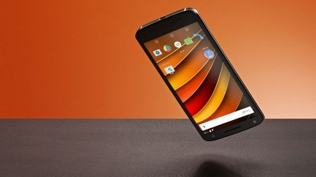 Moto X Force имеет самый прочный экран среди смартфонов
