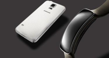 Фитнес-браслет Gear Fit от Samsung