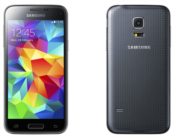 Samsung-Galaxy-S5-Mini-vs-HTC-One-Mini-2