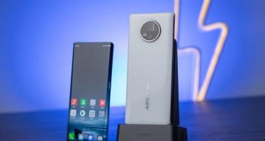 Vivo Apex 2020: компания представила концепт будущего смартфона